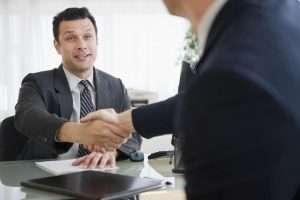 Запись в трудовой о приеме на работу