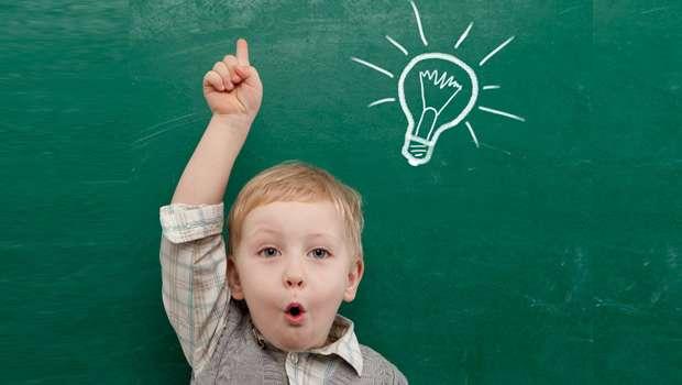 В чем заключается приоритет образования в современных реалиях?