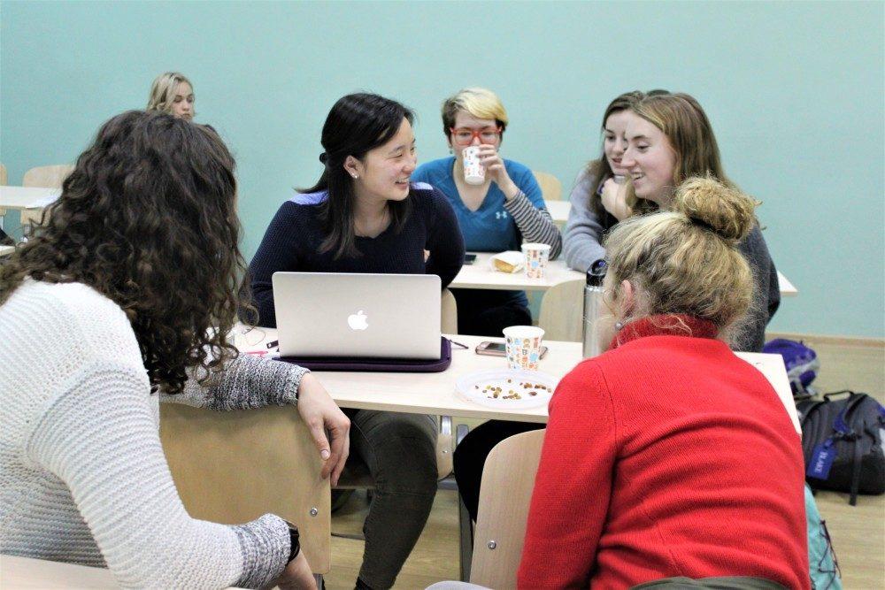 Что входит в обязанности старосты группы в университете?