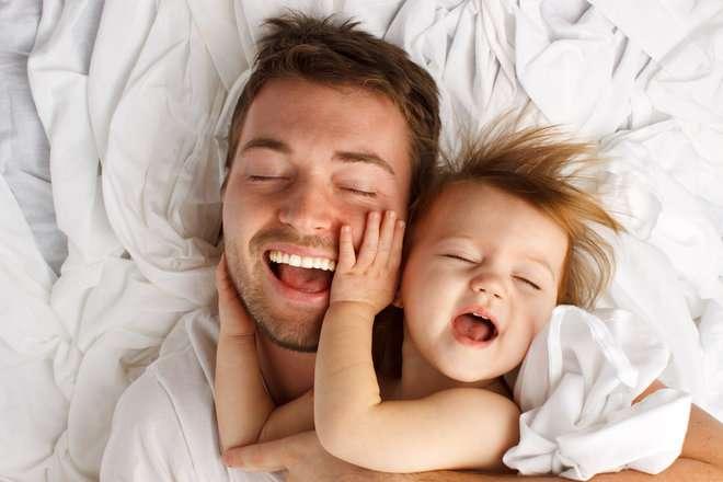 Признание отцовства вне брака: описание, процедуры, условия, необходимые документы, сроки