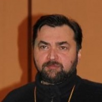 Валентин Емельянов